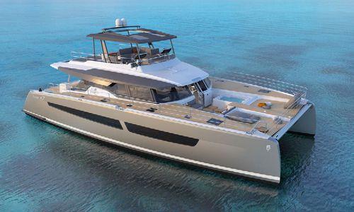power catamaran motor yacht / cruising / flybridge / 4-cabin