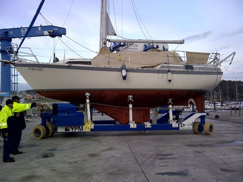 handling trailer / for sailboats / shipyard / self-propelled