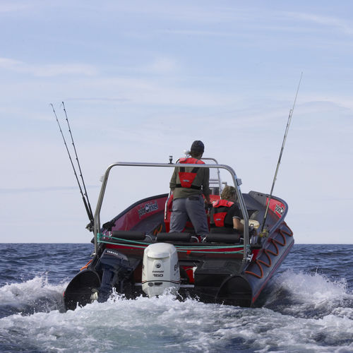 outboard inflatable boat / RIB / sport-fishing / 12-person max.