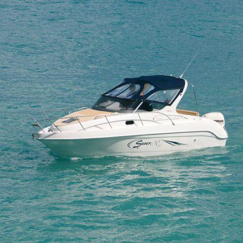 outboard cabin cruiser / sport / 8-person max. / 4-berth