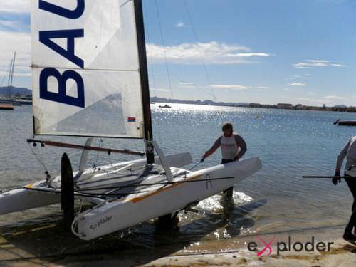 regatta sport catamaran / single-handed / single-trapeze / Class A