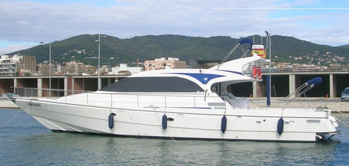 sport-fishing motor yacht / wheelhouse / semi-displacement hull