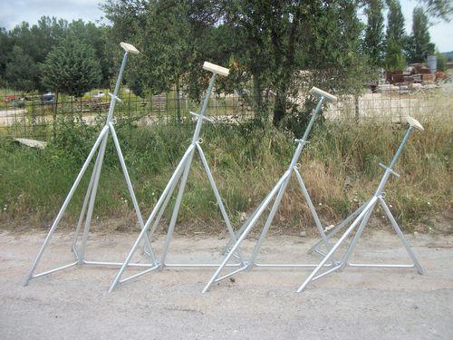 sailboat boat stand / adjustable / galvanized