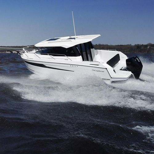 outboard cabin cruiser / wheelhouse