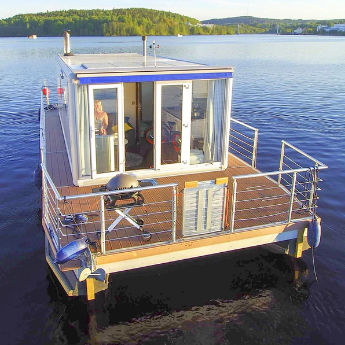 catamaran houseboat