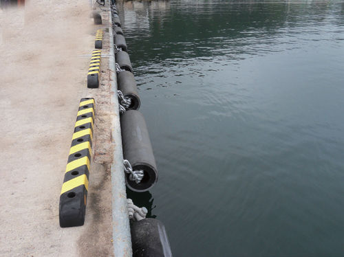harbor fender / cylindrical