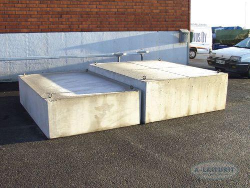 concrete float
