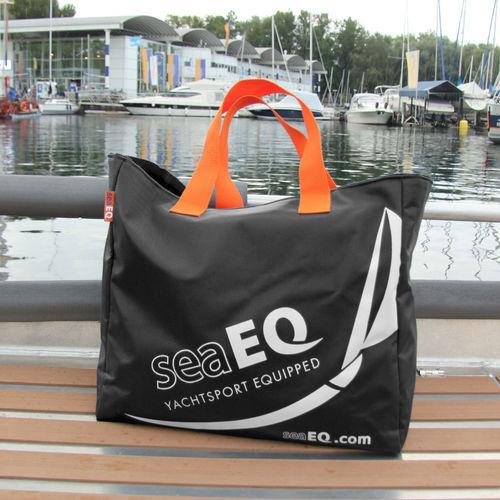 multi-use bag / watersports