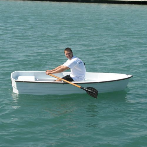 classic rowing boat / single scull
