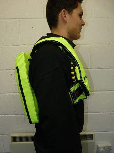 life jacket with integrated inflatable liferaft / self-inflating / 300 N / with safety harness