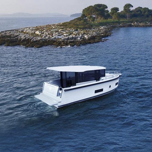 inboard express cruiser / hard-top / wheelhouse / cruising