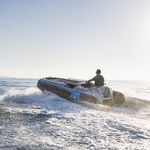 inboard inflatable boat / electric / rigid / side console
