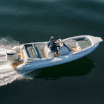 outboard inflatable boat / center console / sport / 14-person max.