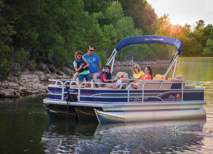 Sun Tracker Pontoon Boats >> New Outboard Pontoon Boat By Sun Tracker Sun Tracker