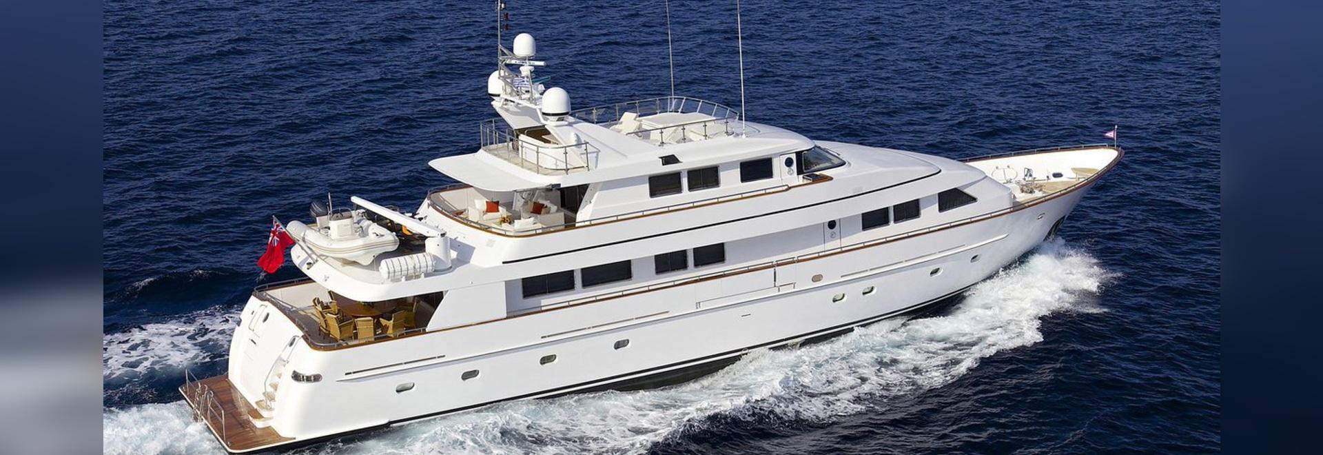 37m classic superyacht Lady Ellen sold