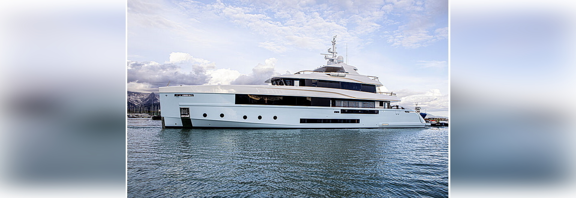 Admiral launches new 48m motor yacht Crocus