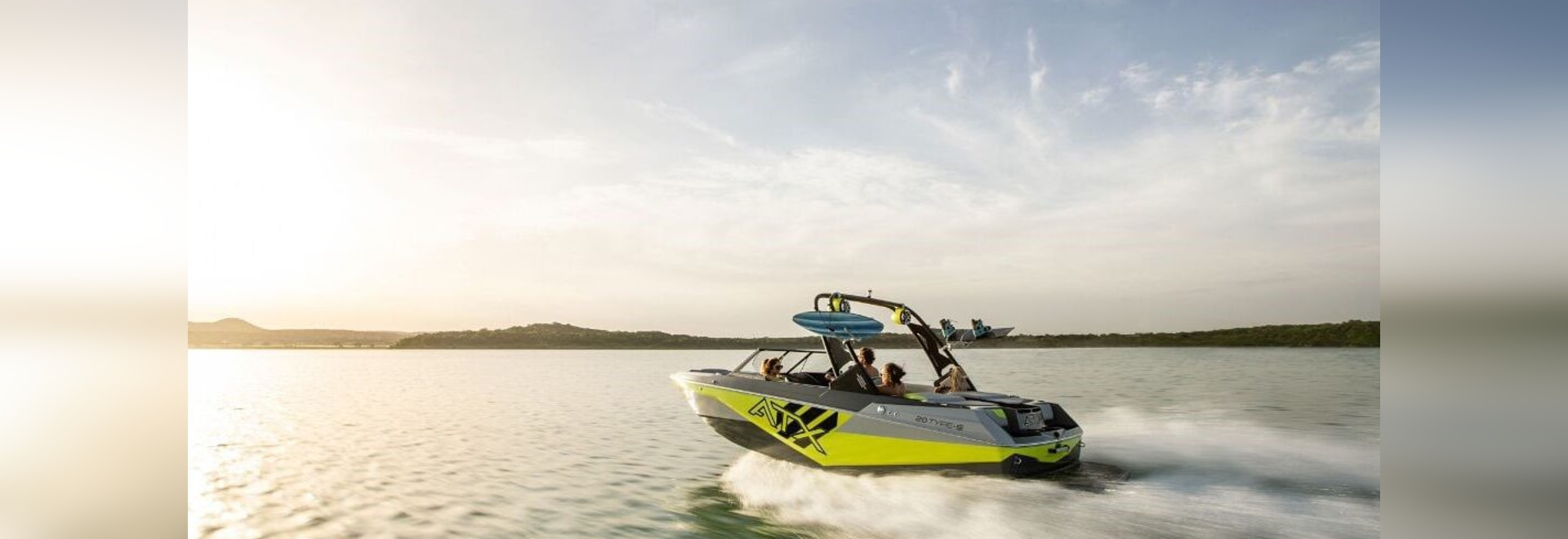 ATX Surf Boats Debuts New 20 Type-S
