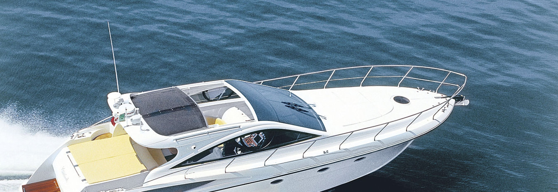 DC 13 Elite - CANNES YACHTING FESTIVAL 2015