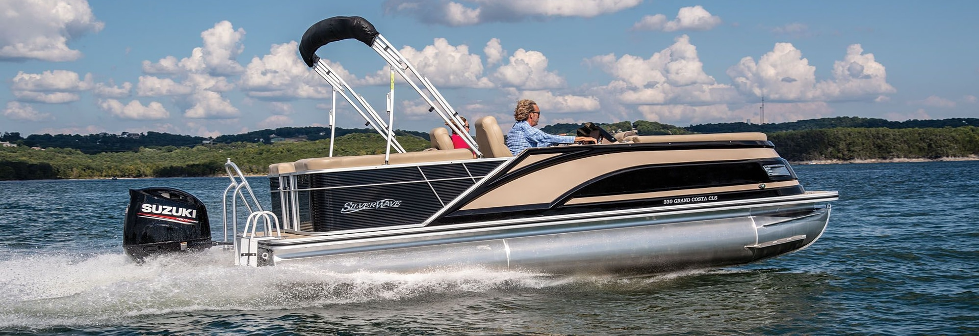 """LOA: 23'10"""" 