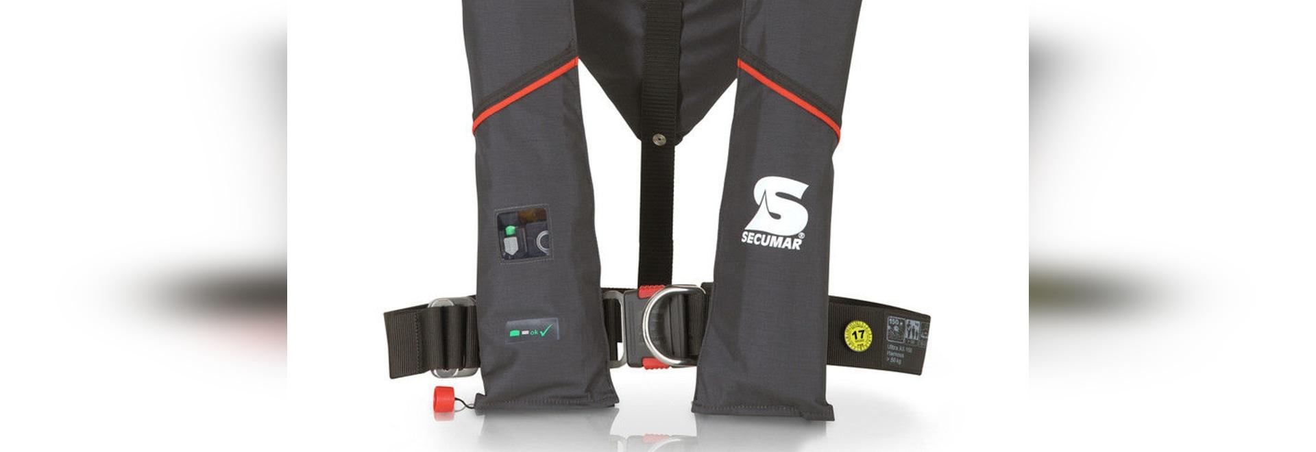 NEW: inflatable lifejacket by Secumar