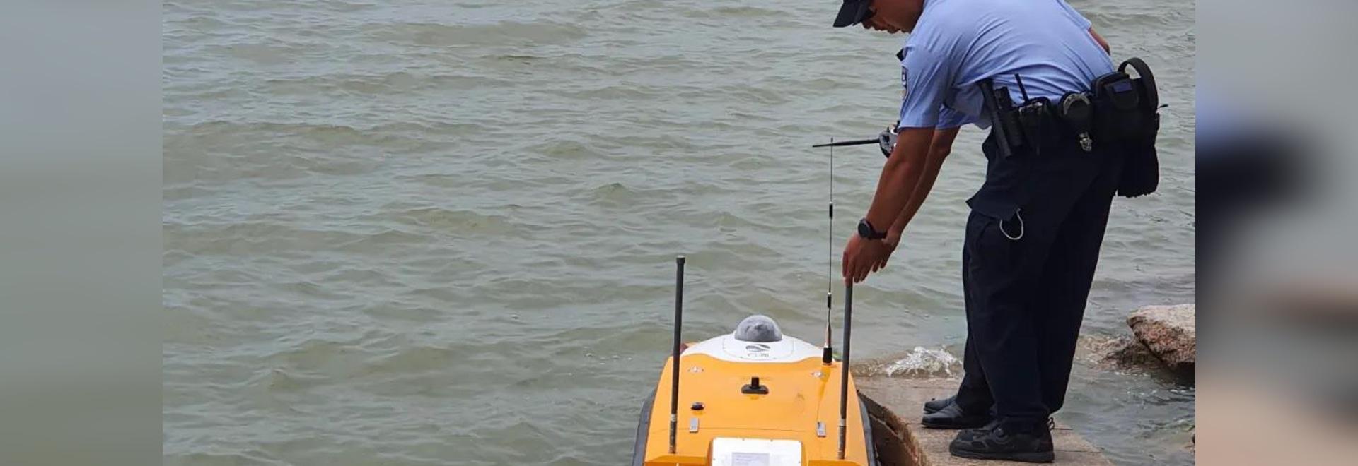 OceanAlpha 5G Police Unmanned Boat guards Shenzhen coastline