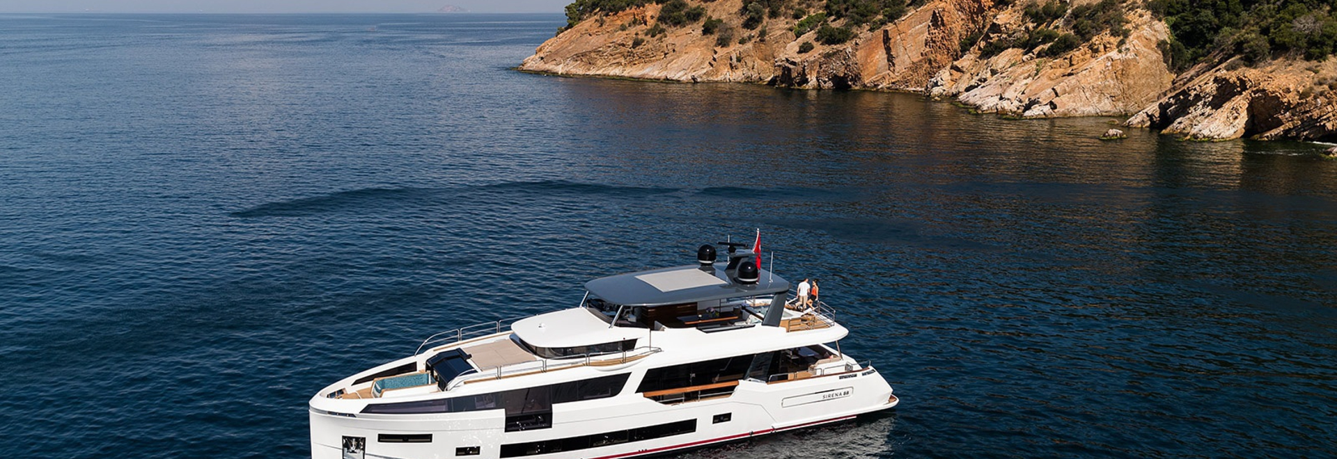 The Sirena 88 is debuting at the Cannes Yachting Festival