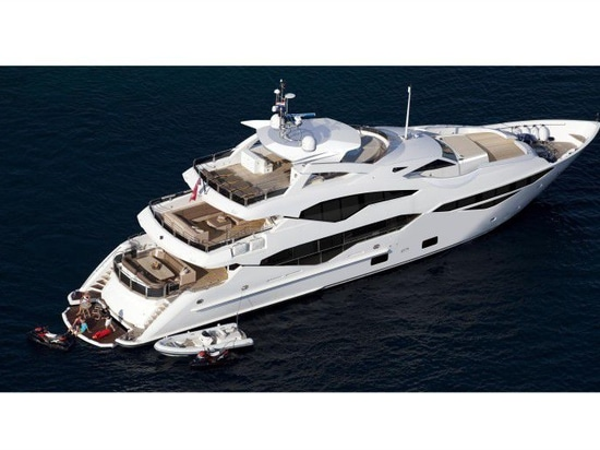 NEW: super-yacht by Sunseeker