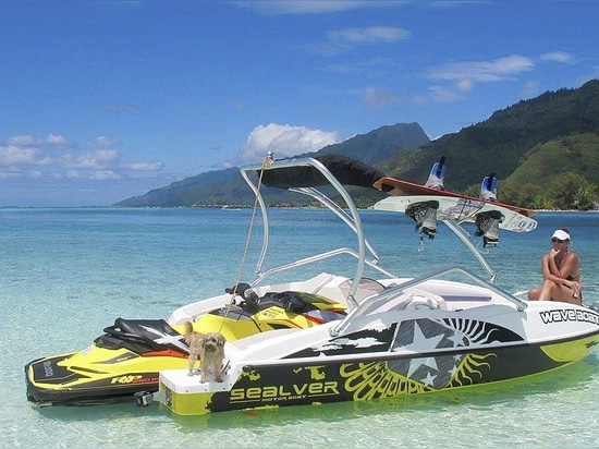The Wave Boat 525 launched in French Polynesia!