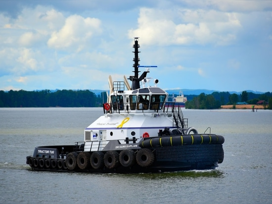 Latest Harley Marine tractor tug honors Dr. Henry Kaplan, the Chief of Medical Oncology at Swedish Cancer Institute in Seattle