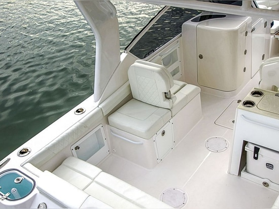 Cockpit seating wraps around from the port side to the starboard-side.Courtesy EdgeWater Boats