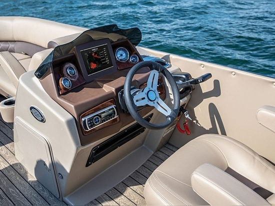 The helm has space for a flush-mounted electronics display.Courtesy Silver Wave Pontoons