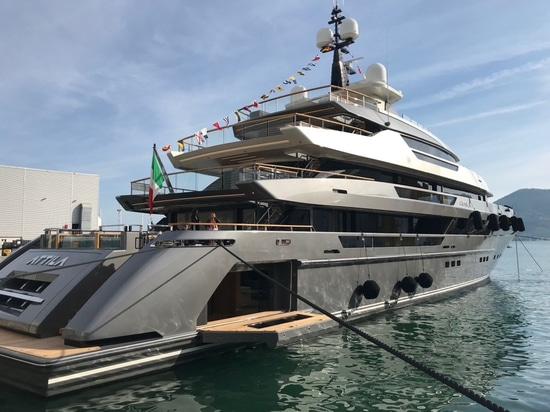 Sanlorenzo launches largest superyacht to date