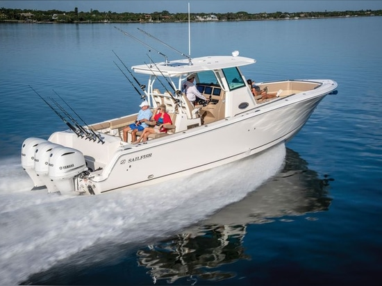 Triple Yamaha F300s powered our test boat admirably.