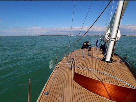 BOAT TEST // Solenn 42, Franck Roy's tallest sailboat