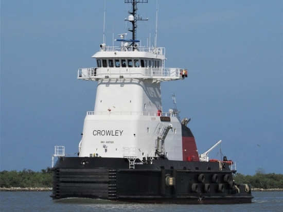 The Crowley ATB tug Aveogan.