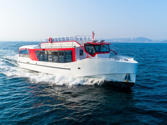 AMIRAL – FRENCH ALPS LAKE CRUISING GETS A STYLISH UPGRADE WITH NEW ECO-FERRY