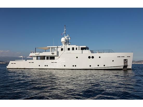 39m Tansu yacht Sexy Fish on the market