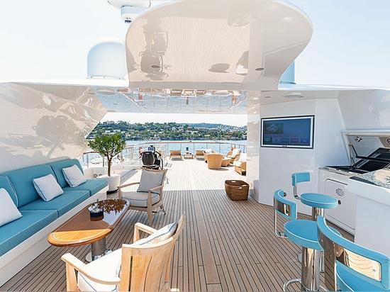 For sale: 54m Benetti motor yacht Karianna
