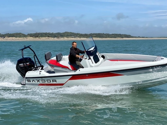Saxdor Scooter 200 Sport: Starter boats don't come much cooler than this
