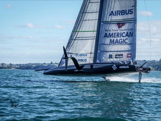American Magic's Defiant resumes flight after a five-month break in testing due to the U.S. COVID-19 lockdown and subsequent shipping of the yacht from Florida to Auckland in March.