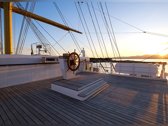 Golden Horizon is lower than modern vessels, with just six metres from the water line to the deck.