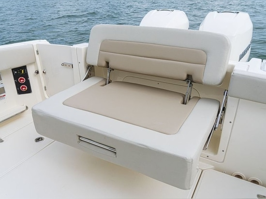 Transom seating is comfortable.