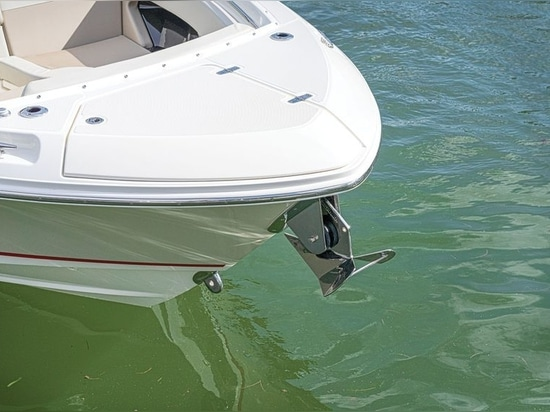 Anchoring is easy on the 280 Vantage.