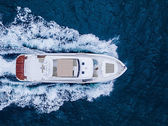 First Horizon FD92 yacht Crowned Eagle launched