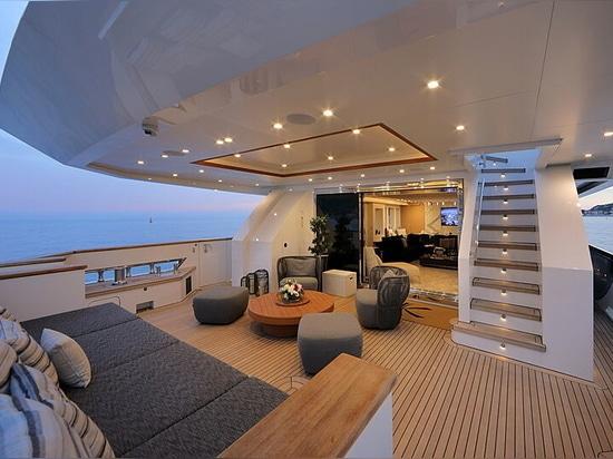 40m Columbus motor yacht Katia for sale