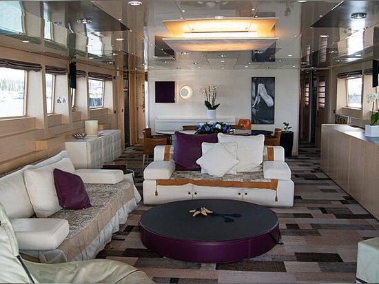 30m Baglietto motor yacht Maraya for sale