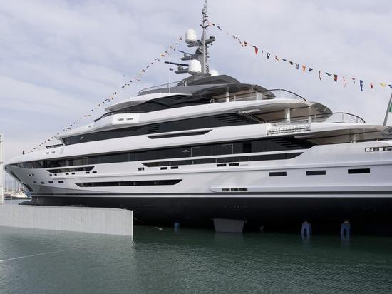 Largest Rossinavi yacht 70m Polaris launched
