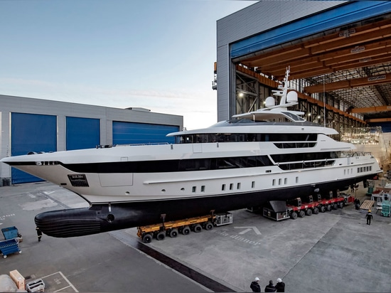 Fifth Sanlorenzo 52Steel superyacht launched in Italy