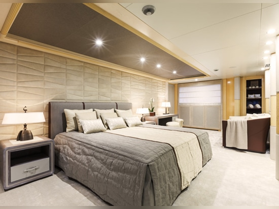 Owner's suite onboard Amore Mio 2