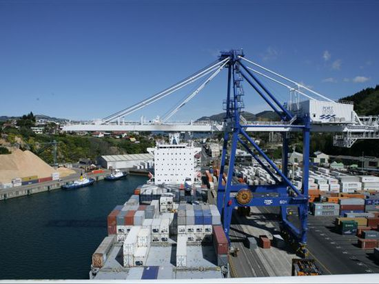 Port Otago Making Room for Giant Boxships